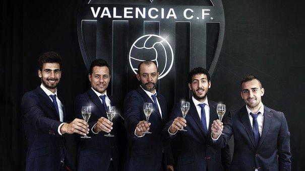 Счастливого Рождества и Нового года, Валенсианисты!